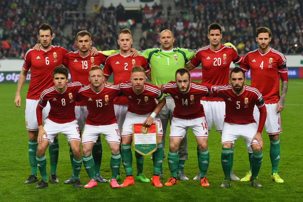 BUDAPEST, HUNGARY - NOVEMBER 15: The Hungary team pose for the cameras prior to kickoff during the UEFA EURO 2016 Qualifier Play-Off, second leg match between Hungary and Norway at Groupama Arena on November 15, 2015 in Budapest, Hungary. (Photo by Shaun Botterill/Getty Images)