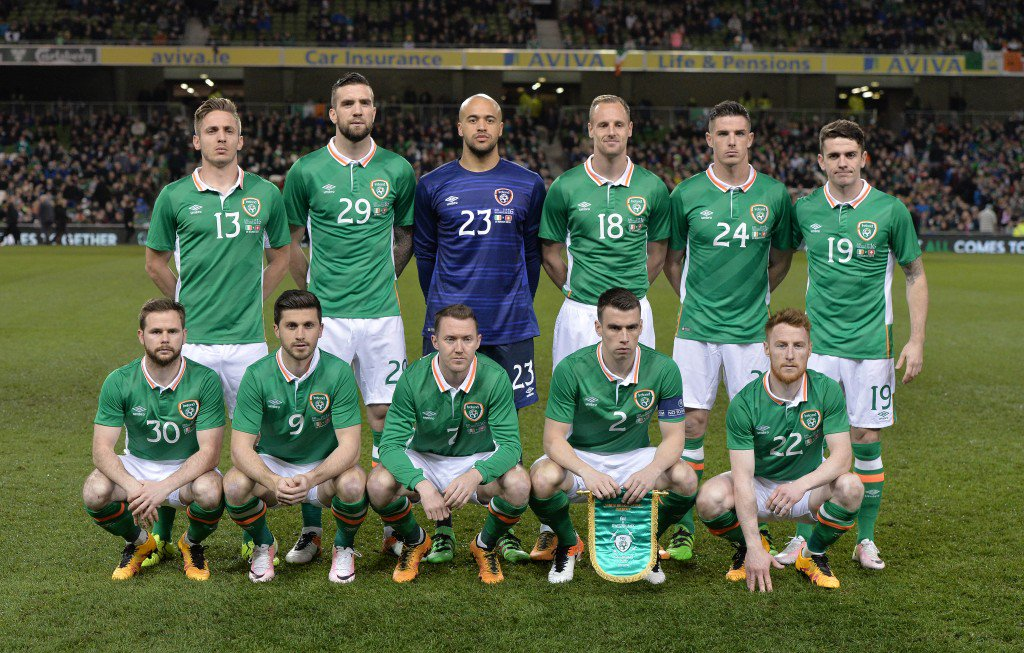 DUBLIN, IRELAND - MARCH 25: The Republic of Ireland team line up before the international friendly match between the Republic of Ireland and Switzerland at Aviva Stadium on March 25, 2016 in Dublin, Ireland. (Photo by Charles McQuillan/Getty Images)