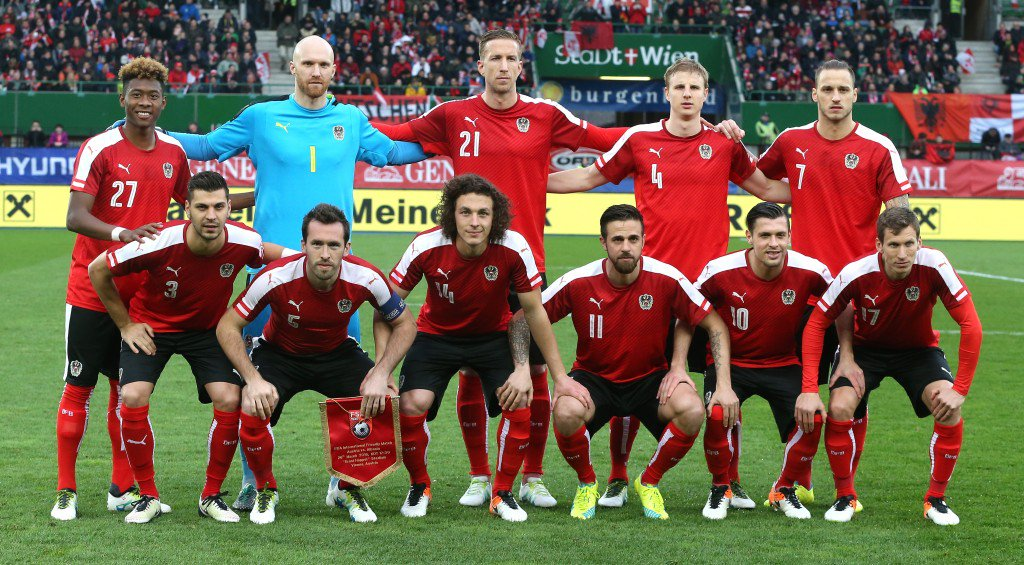 VIENNA, AUSTRIA - MARCH 26: The Austrian team pose for a team photograph during the international friendly match between Austria and Albania at the Ernst-Happel-Stadion on March 26, 2016 in Vienna, Austria. (Photo by David Rogers/Getty Images)