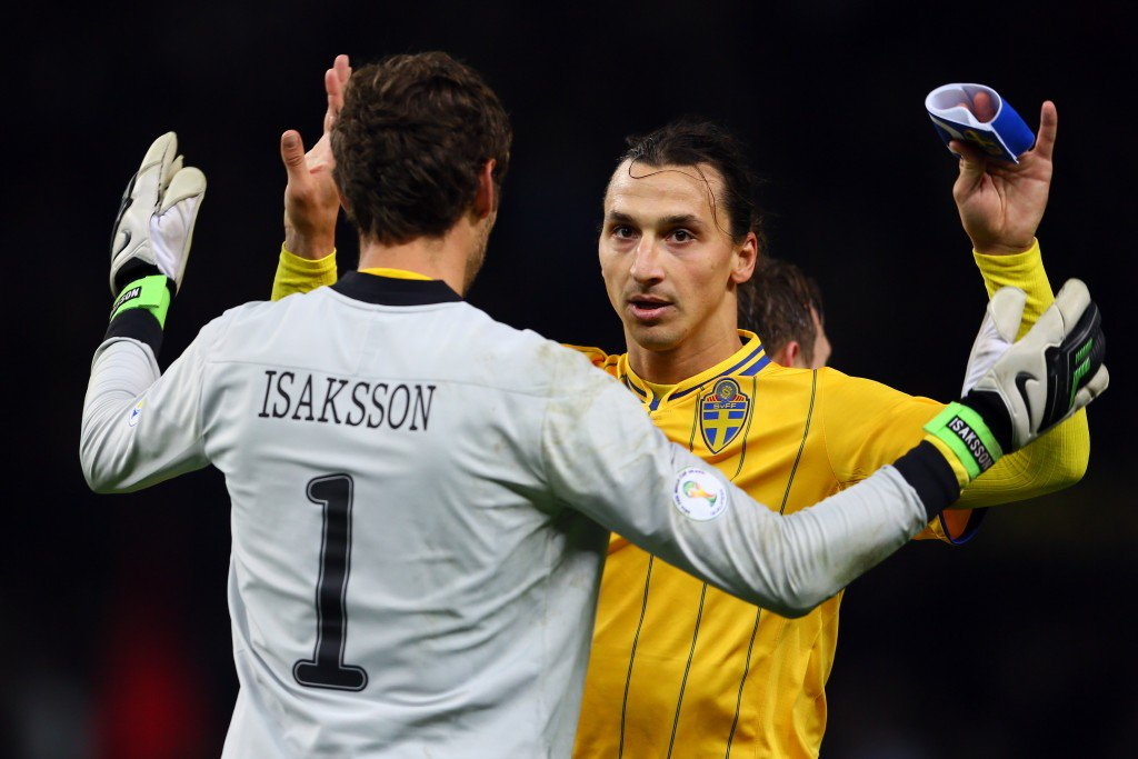 BERLIN, GERMANY - OCTOBER 16: (L-R) Andreas Isaksson and Zlatan Ibrahimovic of Sweden celebrate the 4-4 draw of the FIFA 2014 World Cup qualifier group C match between German and Sweden at Olympiastadion on October 16, 2012 in Berlin, Germany. (Photo by Christof Koepsel/Bongarts/Getty Images)