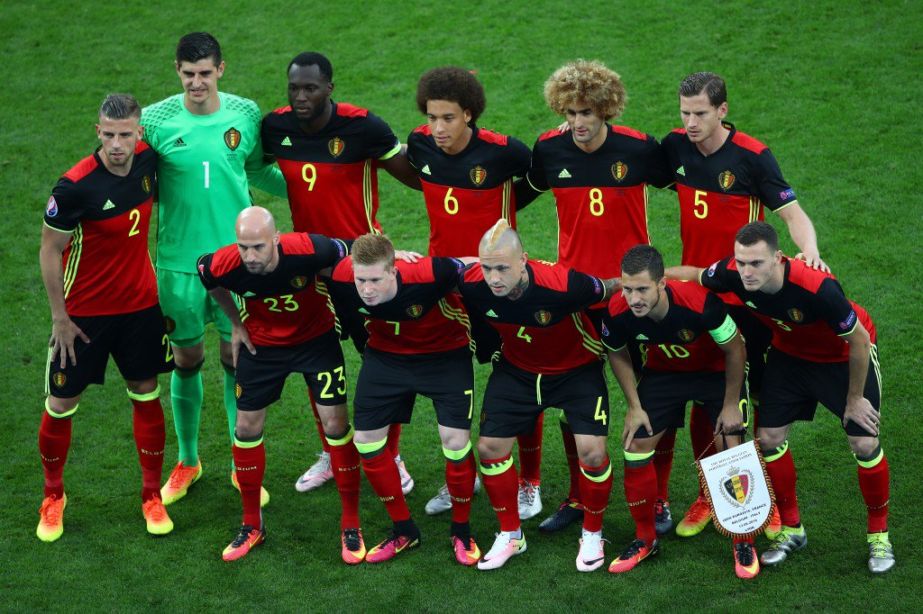 LYON, FRANCE - JUNE 13: Belgium players line up for the team photos prior to the UEFA EURO 2016 Group E match between Belgium and Italy at Stade des Lumieres on June 13, 2016 in Lyon, France. (Photo by Clive Brunskill/Getty Images)
