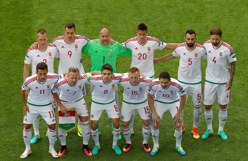 BORDEAUX, FRANCE - JUNE 14: Hungary players line up for the team photos prior to the UEFA EURO 2016 Group F match between Austria and Hungary at Stade Matmut Atlantique on June 14, 2016 in Bordeaux, France. (Photo by Ian Walton/Getty Images)