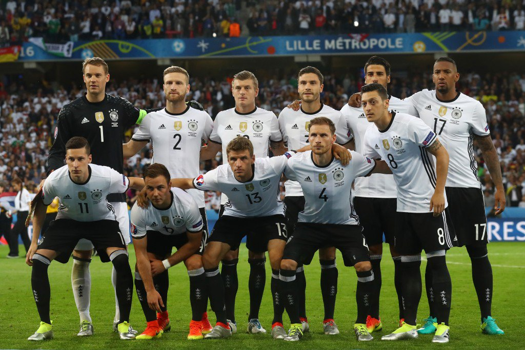 LILLE, FRANCE - JUNE 12: Germany players line up for the team photos prior to the UEFA EURO 2016 Group C match between Germany and Ukraine at Stade Pierre-Mauroy on June 12, 2016 in Lille, France. (Photo by Alexander Hassenstein/Getty Images)