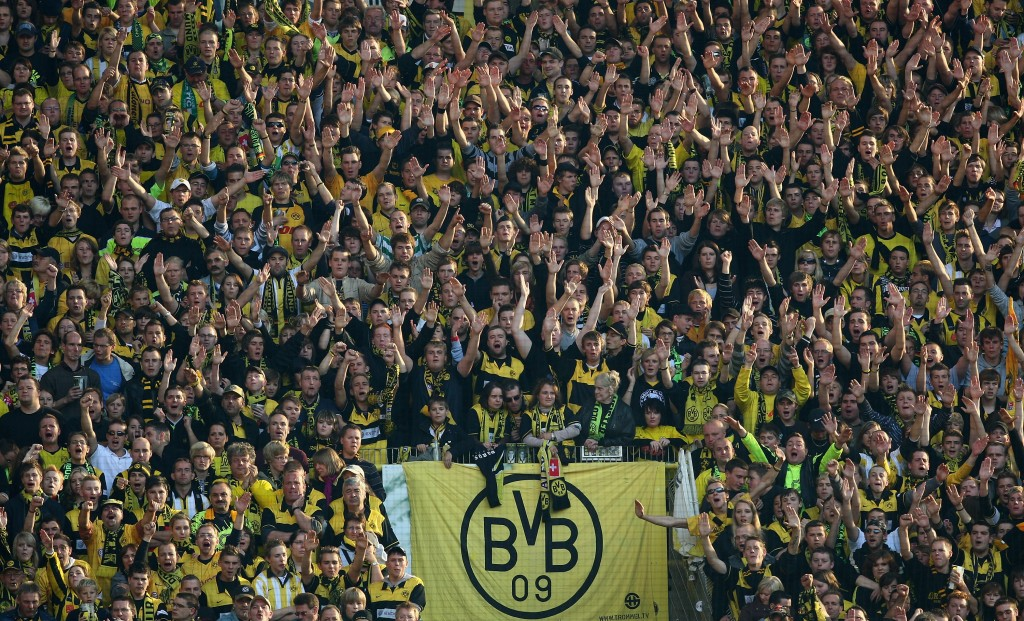 DORTMUND, GERMANY - SEPTEMBER 27: Dortmund fans are seen during the Bundesliga match between Borussia Dortmund and VfB Stuttgart at the Signal Iduna Park on September 27, 2008 in Dortmund, Germany. (Photo by Vladimir Rys/Bongarts/Getty Images)