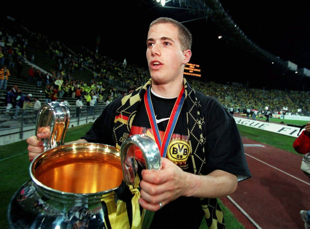 GERMANY - MAY 28: FUSSBALL: CHAMPIONS LEAGUE TURIN - DORTMUND ,Muenchen 28.05.97, Lars RICKEN mit Pokal (Photo by Bongarts/Getty Images)