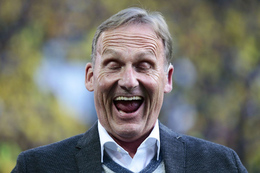DORTMUND, GERMANY - AUGUST 14: Hans Joachim Watzke of Dortmund looks on prior to the DFL Supercup 2016 match between Borussia Dortmund and FC Bayern Muenchen at Signal Iduna Park on August 14, 2016 in Dortmund, Germany. (Photo by Oliver Hardt/Bongarts/Getty Images)
