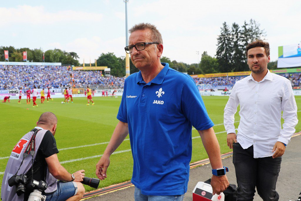 DARMSTADT, GERMANY - SEPTEMBER 10: Head coach Norbert Meier of Darmstadt during the Bundesliga match between SV Darmstadt 98 and Eintracht Frankfurt at Jonathan-Heimes-Stadion am Boellenfalltor on September 10, 2016 in Darmstadt, Germany. (Photo by Alex Grimm/Bongarts/Getty Images)