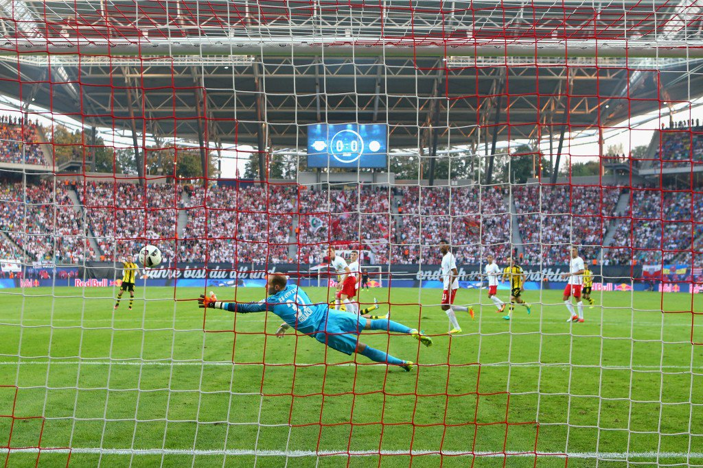 LEIPZIG, GERMANY - SEPTEMBER 10: General view during the Bundesliga match between RB Leipzig and Borussia Dortmund at Red Bull Arena on September 10, 2016 in Leipzig, Germany. (Photo by Alexander Hassenstein/Bongarts/Getty Images)