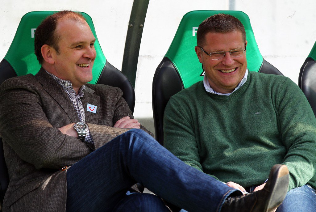 HANNOVER, GERMANY - APRIL 01: Joerg Schmadtke (L), manager of Hannover talks to Max Eberl (R), manager of Gladbach before the Bundesliga match between Hannover 96 and Borussia Moenchengladbach at AWD Arena on April 01, 2012 in Hanover, Germany. (Photo by Martin Rose/Bongarts/Getty Images)