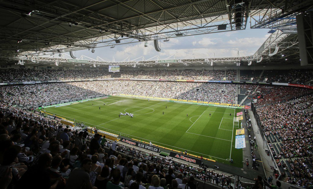 MOENCHENGLADBACH, GERMANY - AUGUST 27: Overview about the stadium Boussia-Park during the Bundesliga match between Borussia Moenchengladbach and Bayer 04 Leverkusen at Borussia-Park on August 27, 2016 in Moenchengladbach, Germany. (Photo by Mika Volkmann/Bongarts/Getty Images)