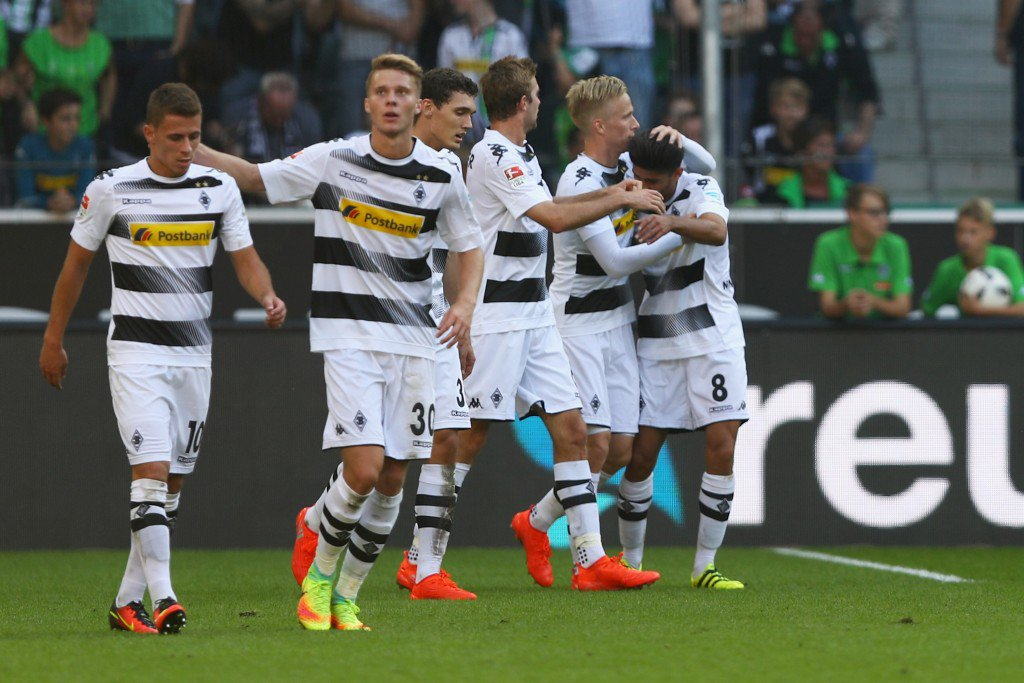 MOENCHENGLADBACH, GERMANY - SEPTEMBER 24: Oscar Wendt #17 of Borussia Moenchengladbach celebrates scoring his teams second goal of the game during the Bundesliga match between Borussia Moenchengladbach and FC Ingolstadt 04 at Borussia-Park on September 24, 2016 in Moenchengladbach, Germany. (Photo by Dean Mouhtaropoulos/Bongarts/Getty Images)