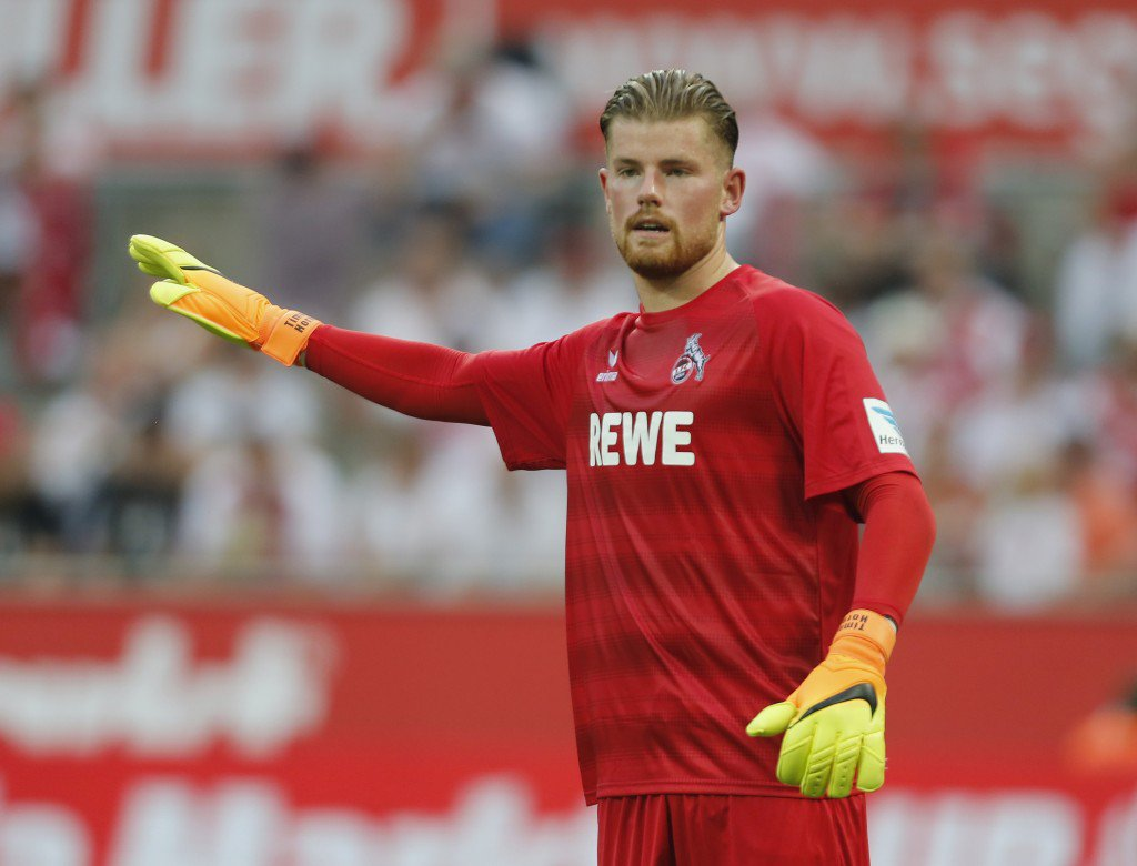 COLOGNE, GERMANY - AUGUST 27: Goalkeeper Timo Horn of Cologne gives instructions during the Bundesliga match between 1. FC Koeln and SV Darmstadt 98 at RheinEnergieStadion on August 27, 2016 in Cologne, Germany. (Photo by Juergen Schwarz/Bongarts/Getty Images)