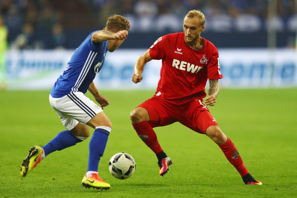 GELSENKIRCHEN, GERMANY - SEPTEMBER 21: Max Meyer of Schalke battles for the ball with Marcel Risse of Koeln during the Bundesliga match between FC Schalke 04 and 1. FC Koeln at Veltins-Arena on September 21, 2016 in Gelsenkirchen, Germany. (Photo by Dean Mouhtaropoulos/Bongarts/Getty Images)