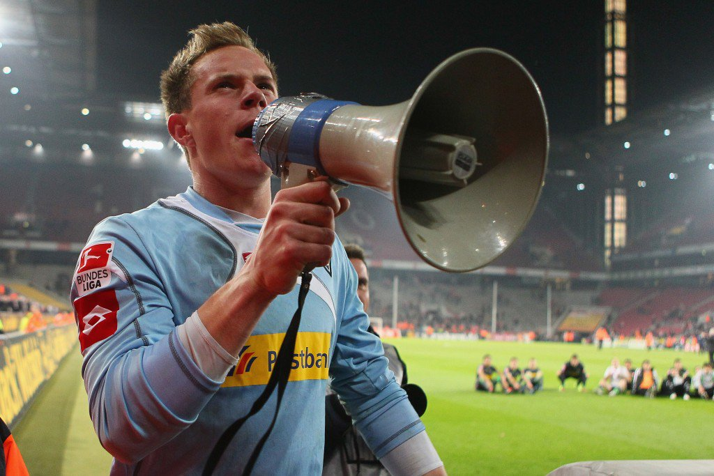 COLOGNE, GERMANY - NOVEMBER 25: Marc-Andr? ter Stegen of Moenchenglad bachcelebrates the 3-0 victory after the Bundesliga match between 1. FC Koeln and Borussia Moenchengladbach at RheinEnergieStadion on November 25, 2011 in Cologne, Germany. (Photo by Christof Koepsel/Bongarts/Getty Images)