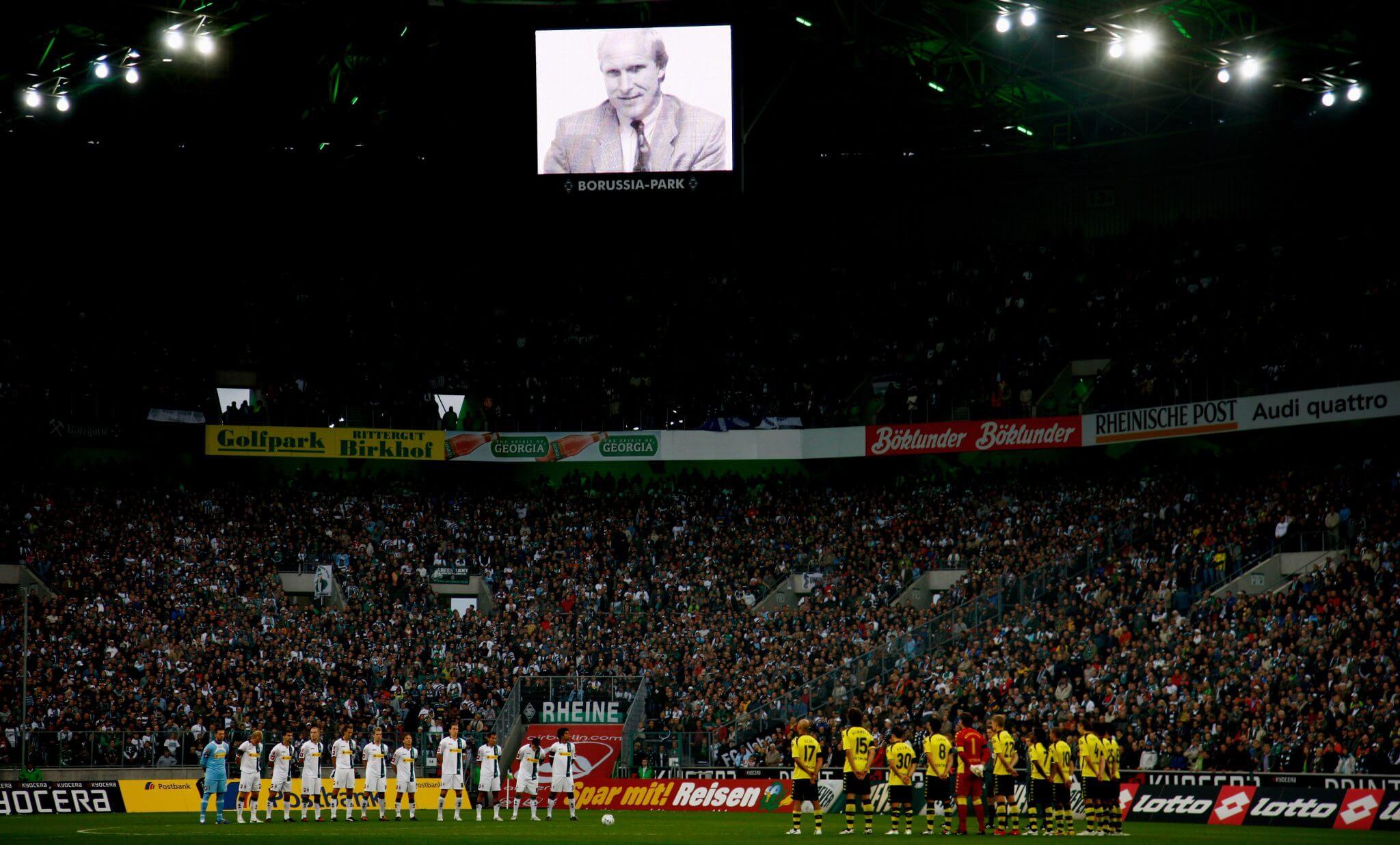 Gedenken an den verstorbenen Rolf Rüssmann. Foto: Getty Images