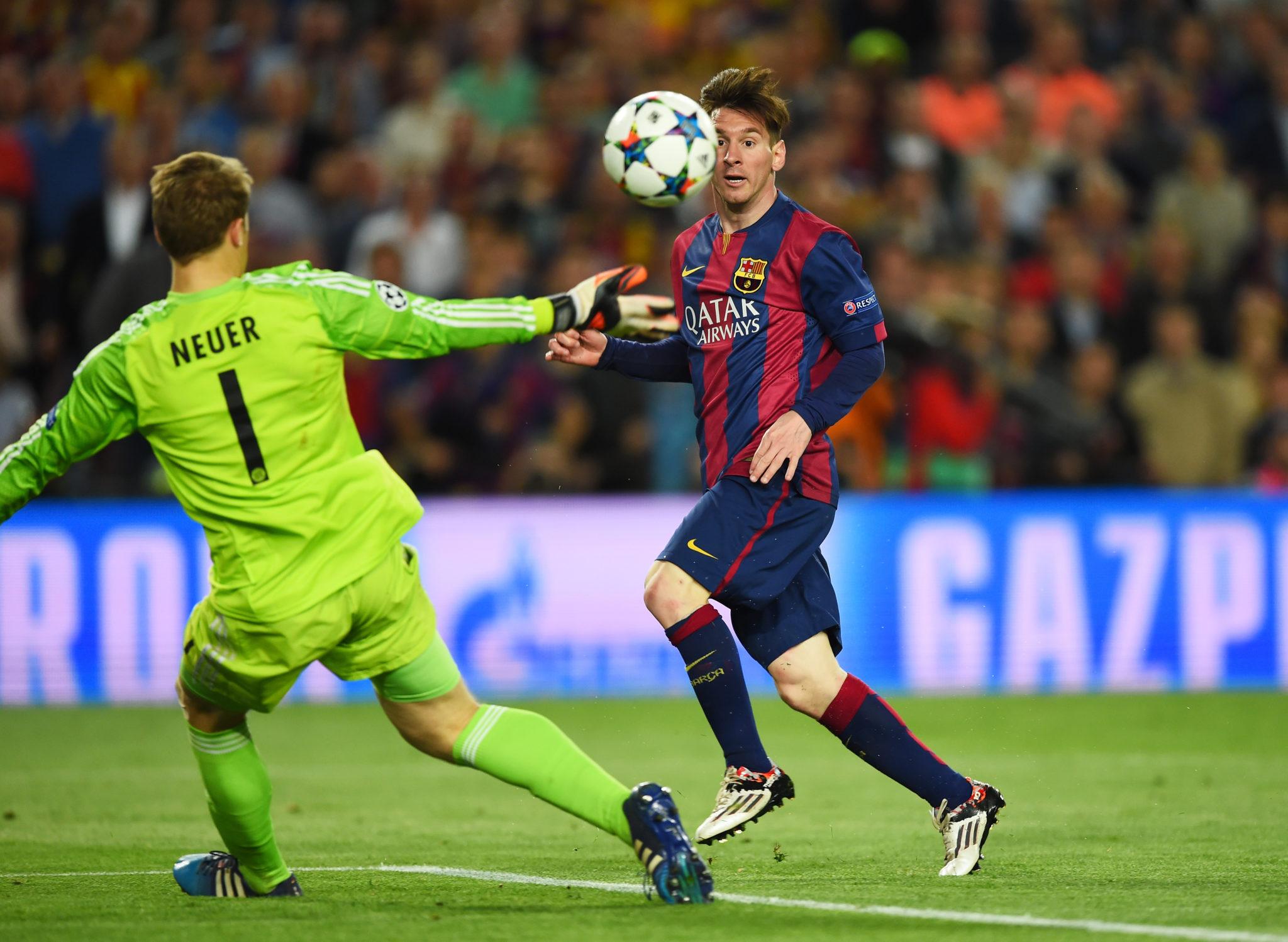 Messi überwindet Manuel Neuer. (Photo by Shaun Botterill/Getty Images)