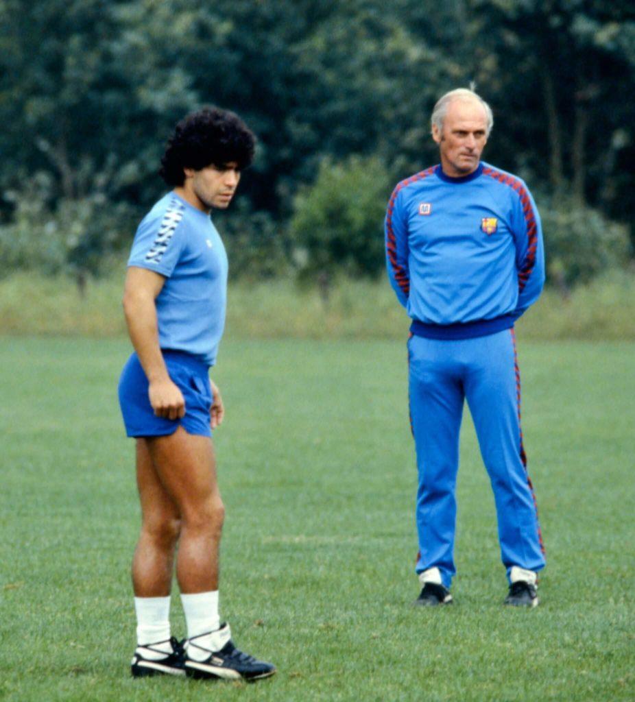 Udo Lattek konnte aber nicht mit Superstar Maradona. Foto: Imago