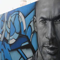 Zinedine Zidane ist einer der besten Fußballer aller Zeiten, dem sogar Graffitis gewidmet sind. Foto: Getty Images