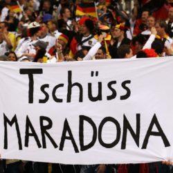 Deutsche Fans machen sich daraufhin lustig. Foto: Getty Images