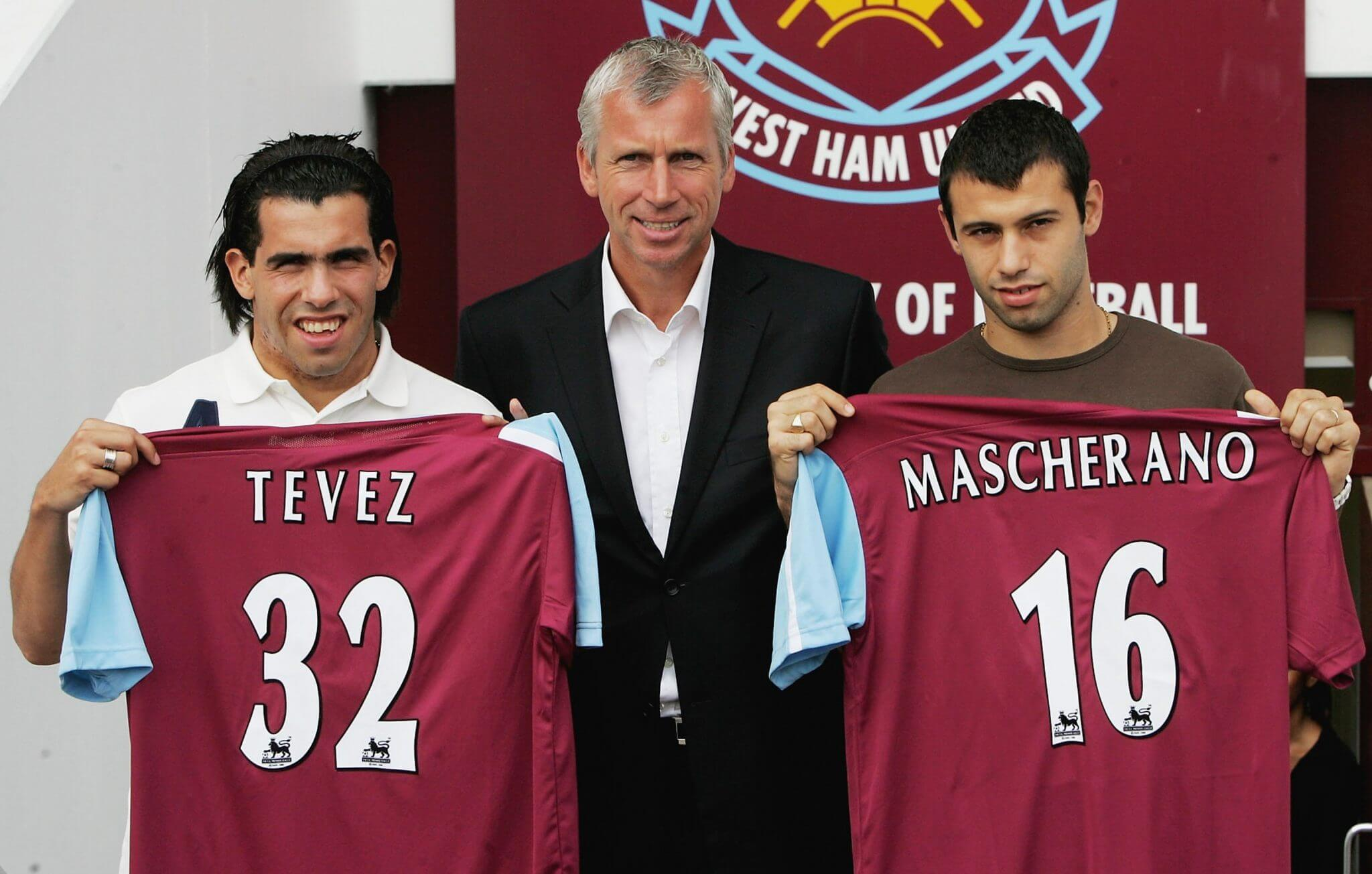 Carlos Tevez (links) und Javier Mascherano kickten gemeinsam für West Ham United. Foto: Getty Images