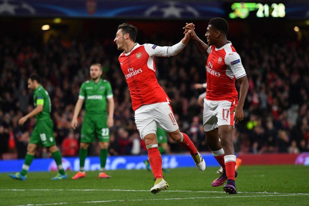 Özil spielt für den FC Arsenal. Foto: Getty Images