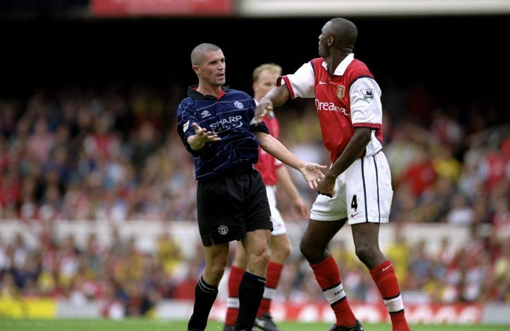 22. August 1999: Roy Keane im Clash mit Patrick Vieira von Arsenal Mandatory Credit:Clive Brunskill /Allsport