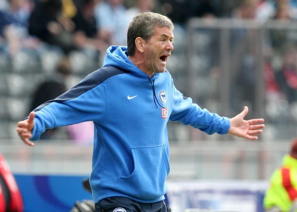 Insgesamt 16 Spielzeiten stand Friedhelm Funkel im deutschen Oberhaus als Chef-Trainer an der Seitenlinie. Foto: Getty Images