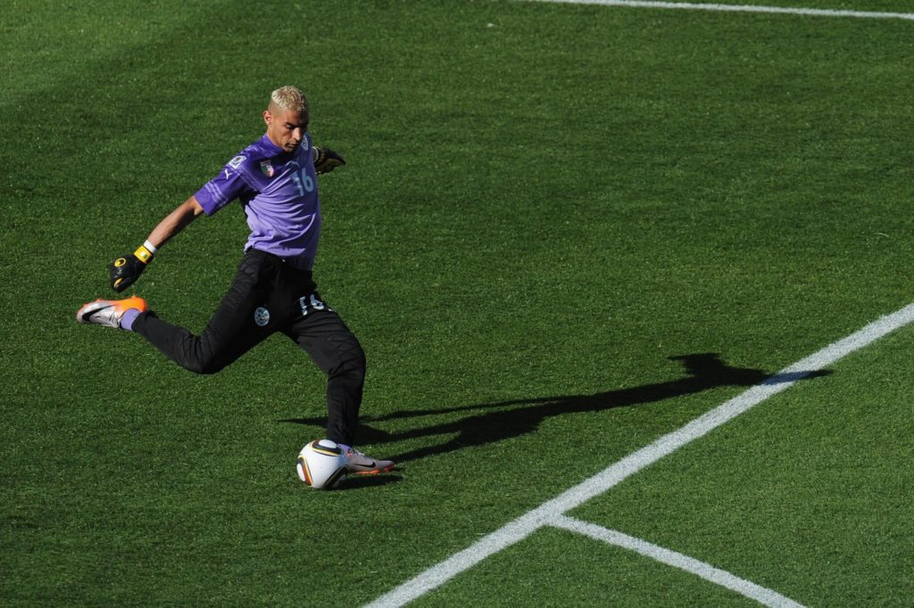 Faouzi Chaouchi debütierte für Algerien am 26. März 2008. Foto: Getty Images