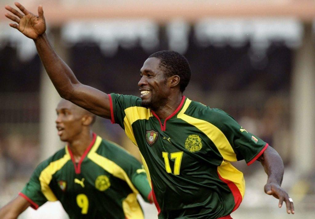 Marc Vivien Foe während der Fußball-Afrikameisterschaft im Jahr 2000. Foto: Allsport