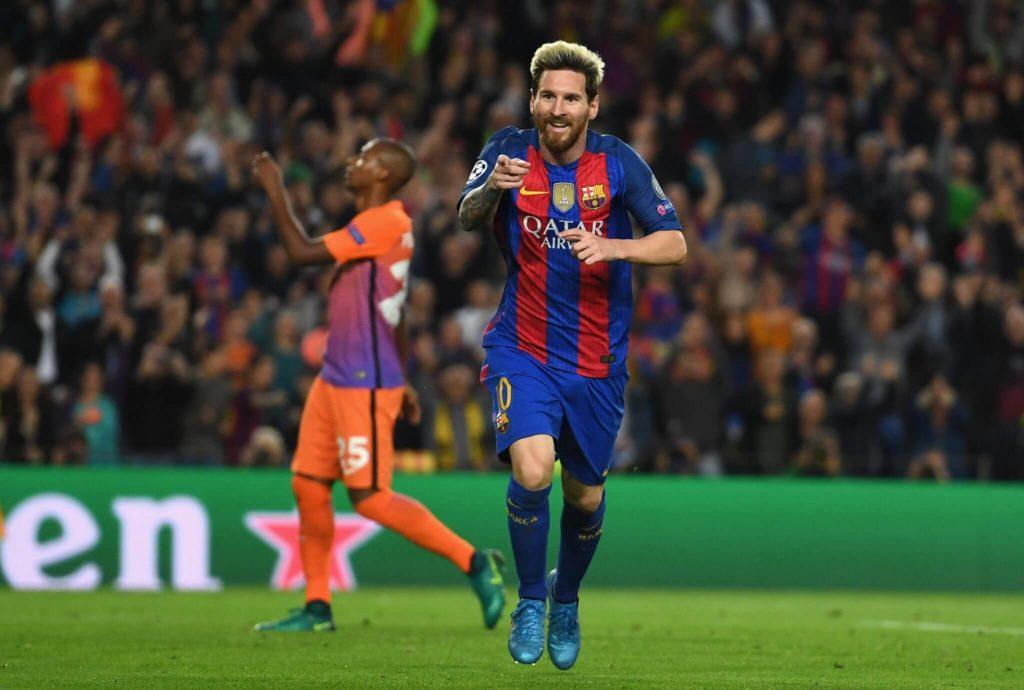 Lionel Messi zelebriert seine Fußballkunst beim FC Barcelona aktuell meist als sehr offensive Nummer 10 hinter den Spitzen. Foto: Getty Images