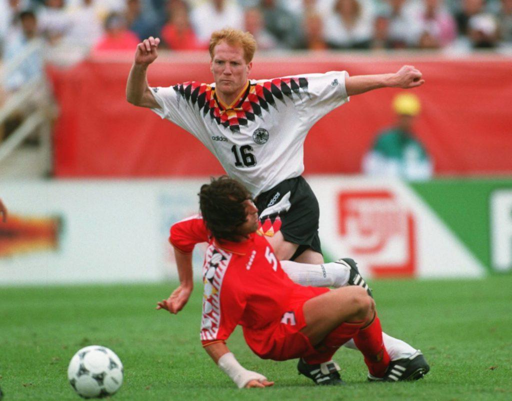 Matthias Sammer spielte zuerst viele Jahre im Mittelfeld. Foto: Getty Images