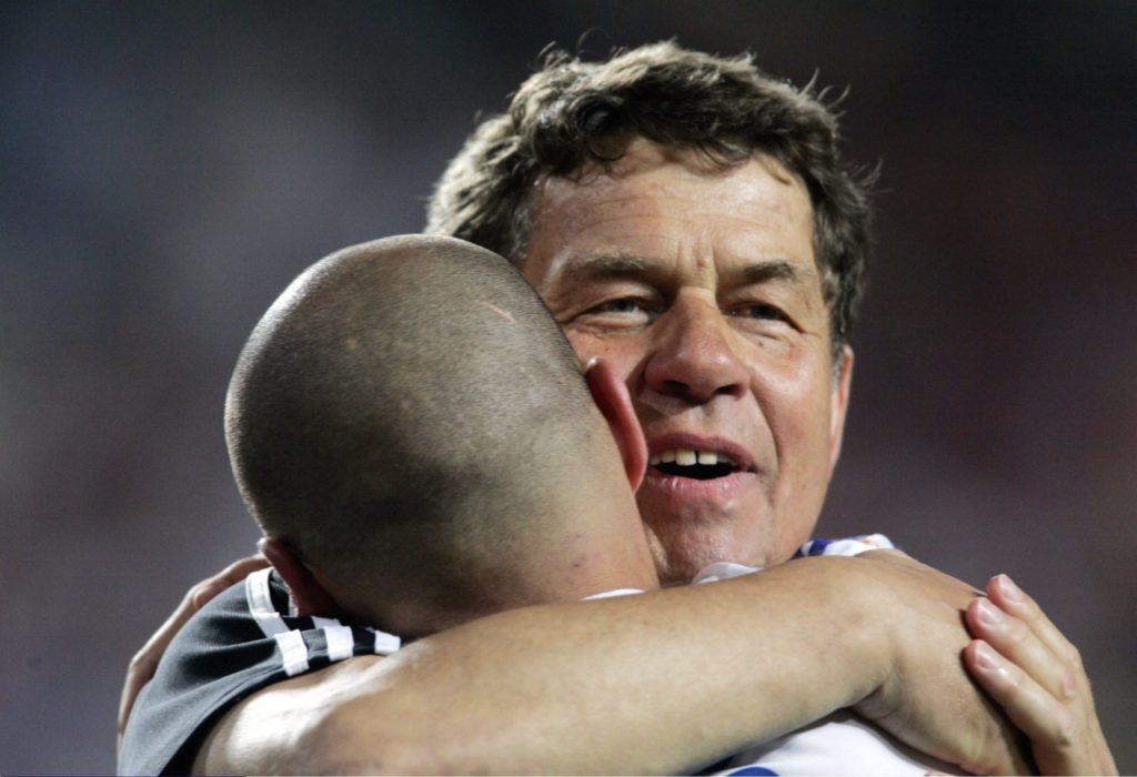 Griechenland Europameister 2004; Jubel Trainer Otto Rehhagel.