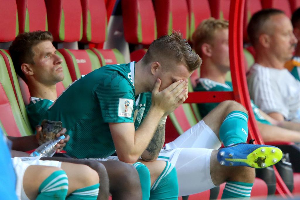 Die Blamage: Marco Reus und Thomas Müller nach dem deutschen WM-Vorrundenaus in Kazan.