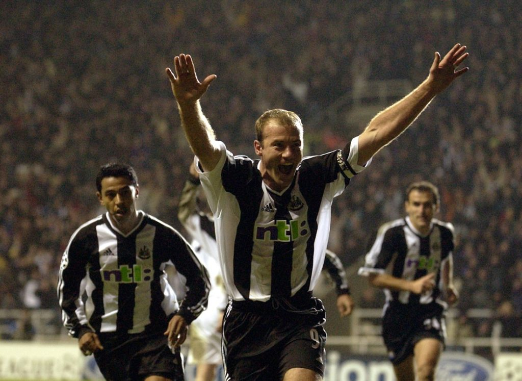 The face of Newcastle United - Alan Shearer is the best scorer of the club. In all competitions he shot (1996-2006) 206 goals.