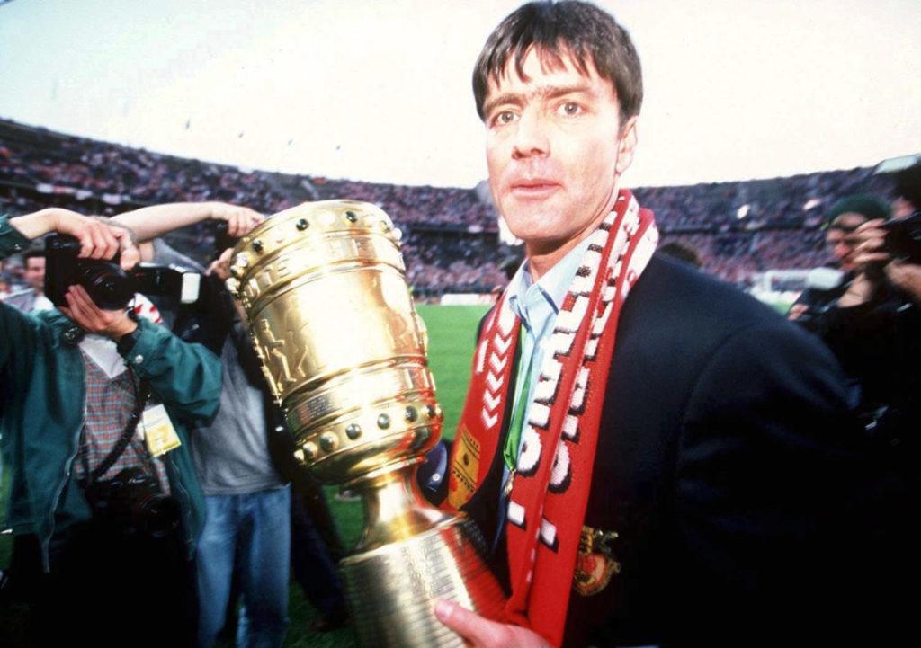 Pokalsieger 1997 mit Jogi Löw.