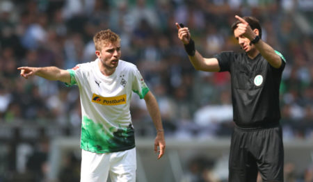 MOENCHENGLADBACH, GERMANY - MAY 18: Christoph Kramer of Moenchengladbach gives instructions during the Bundesliga match between Borussia Moenchengladbach and Borussia Dortmund at Borussia-Park on May 18, 2019 in Moenchengladbach, Germany.