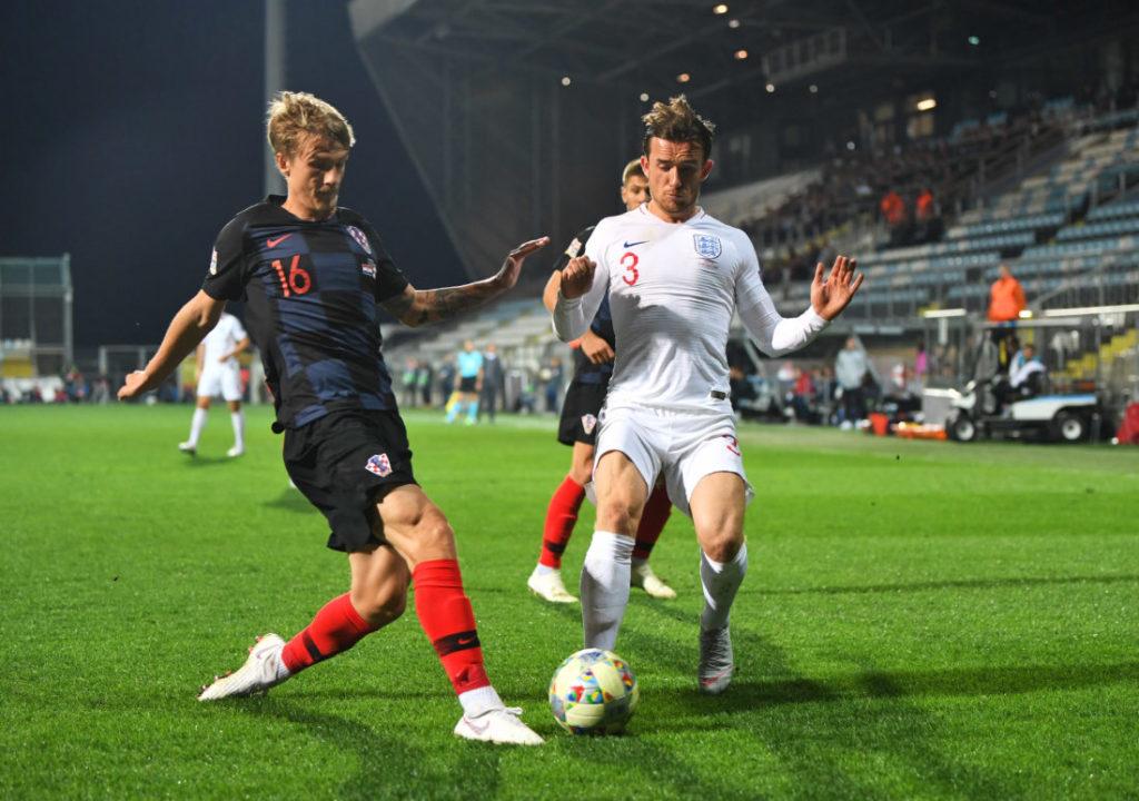 Ben Chilwell im Nations League-Spiel gegen Kroatien und Tin Jedvaj.