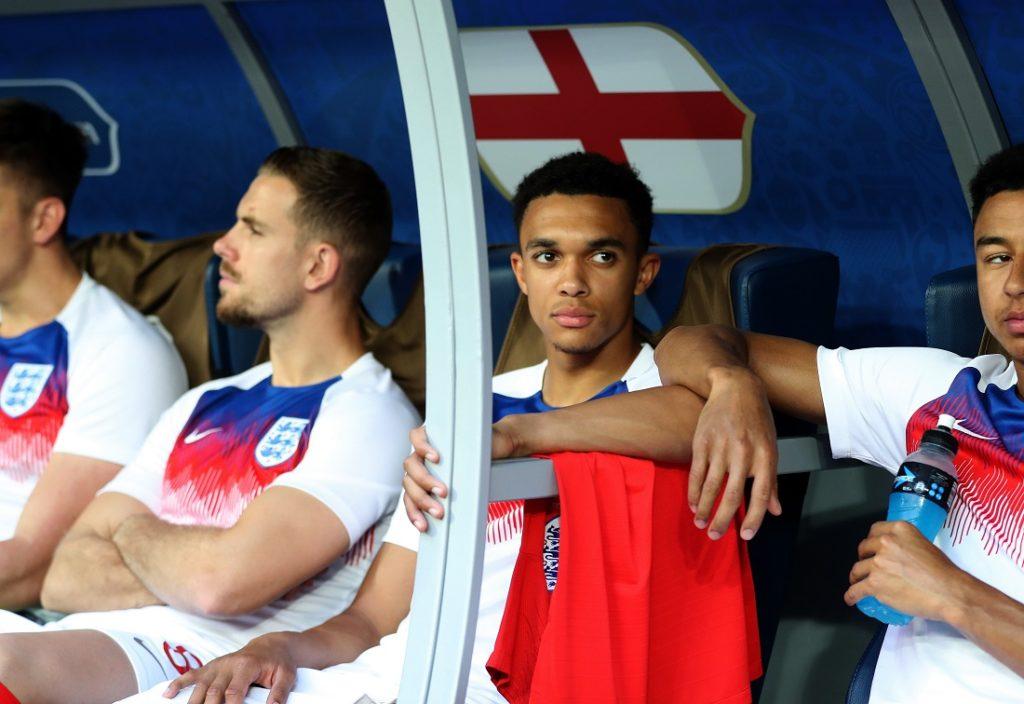 Trent Alexander-Arnold (r.) im WM-Spiel England gegen Belgien (0:1).