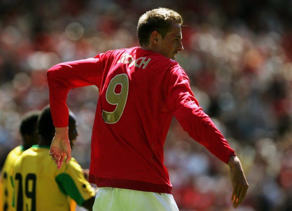 Manchester, 3. Juni 2006: Peter Crouch... tanzt. Der ehemalige Liverpool-Profi glaubt an sein früheres Team
