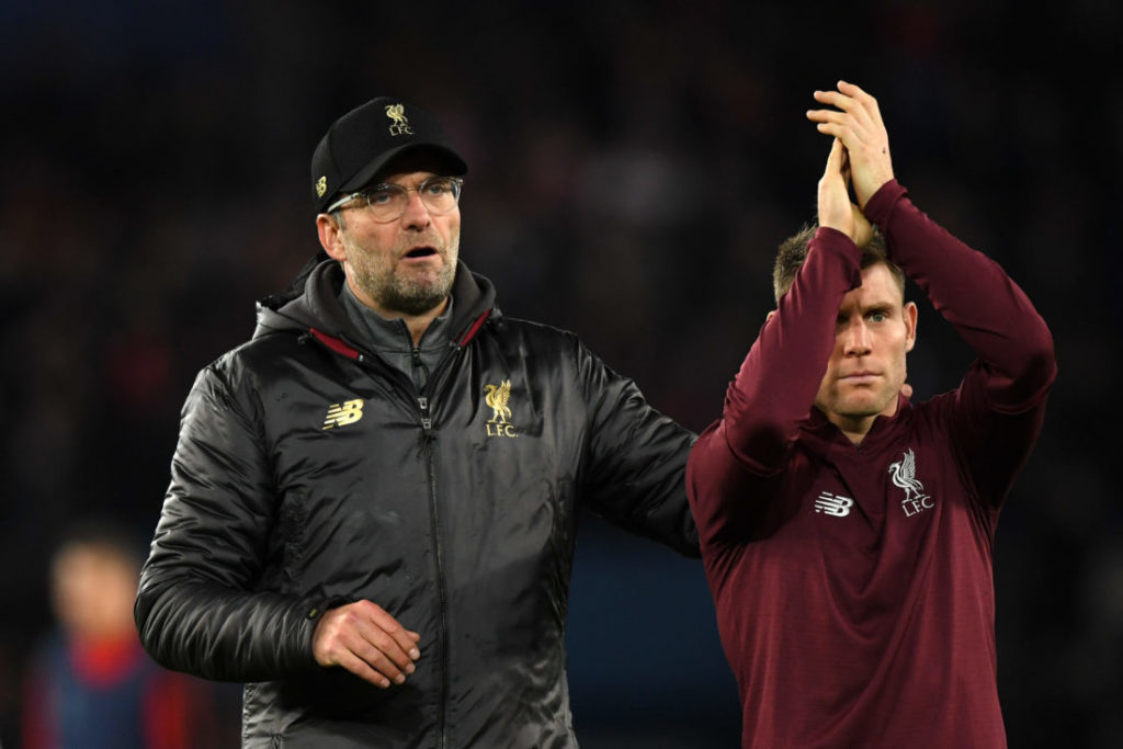 PARIS, FRANCE - NOVEMBER 28:  Jurgen Klopp, Manager of Liverpool shows appreciation to the fans with James Milner of Liverpool after the UEFA Champions League Group C match between Paris Saint-Germain and Liverpool at Parc des Princes on November 28, 2018 in Paris, France.