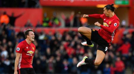 Zlatan Ibrahimovic flog in der Premier League für Manchester United..
