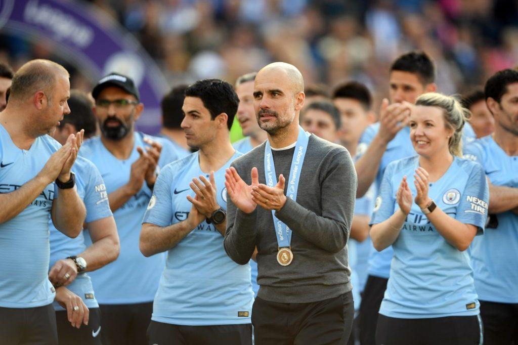 Meistercoach Pep Guardiola ((m.) verzichtete in der Saison-Endphase in der Premier League und im FA Cup meist auf Leroy Sané