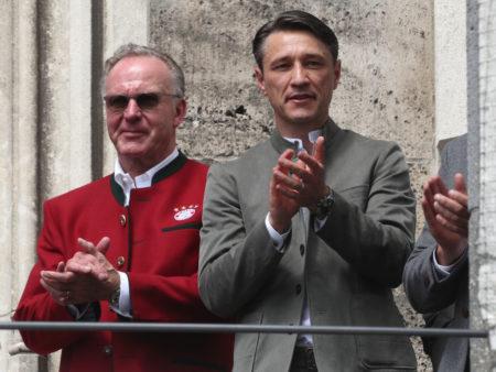 Bei Double-Sieger Bayern München scheinen sowohl Vorstandschef Karl-Heinz Rummenigge als auch Trainer Niko Kovac (r.) nicht mehr mit Jérome Boateng zu planen...