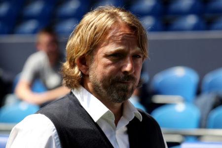 Sven Mislintat stieg als Sportdirektor mit dem VfB Stuttgart aus der Bundesliga ab...