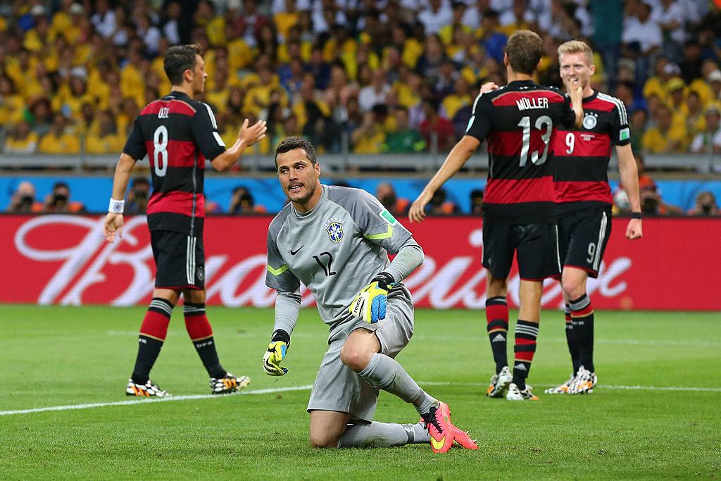 Torhüter Juli Cesar beim historischen 1:7 mit Brasilien im WM-Halbfinale gegen Deutschland am 8. Juli 2014.