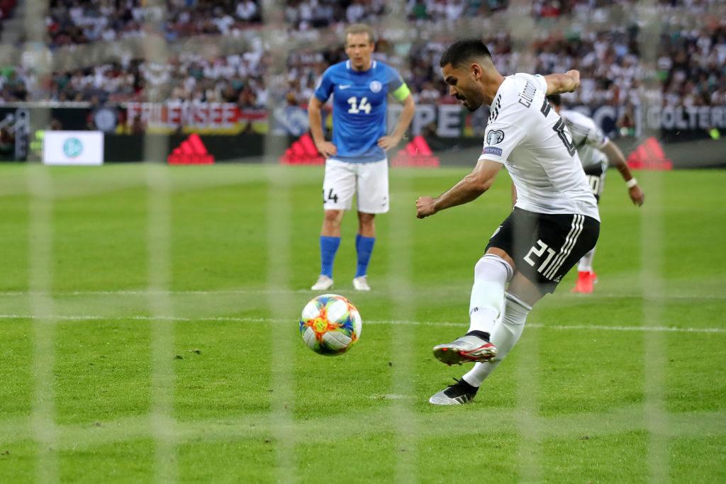 Ilkay Gündogan erzielt per Elfmeter das 4:0 beim 8:0-Kantersieg der deutschen Fußball-Nationalmannschaft in der EM-Quali gegen Estland.