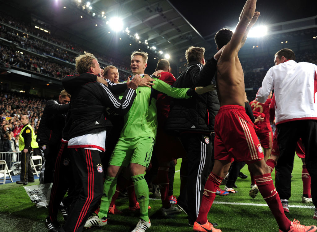 25. April 2012: Manuel Neuer und der FC Bayern München jubeln im Estadio Santiago Bernabeu nach dem Halbfinal-Krimi bei Real Madrid. Ein Stück deutsche Fußballgeschichte.