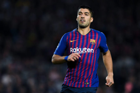 BARCELONA, SPAIN - OCTOBER 24: Luis Suarez of FC Barcelona looks on during the Group B match of the UEFA Champions League between FC Barcelona and FC Internazionale at Camp Nou on October 24, 2018 in Barcelona, Spain. (Photo by David Ramos/Getty Images)