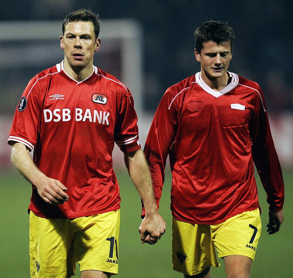 Erik Meijer, hier im UEFA-Cup 2005 mit Alemannia Aachen und Reiner Plasshenrich (r.), spielte nur ein Mal für Holland...