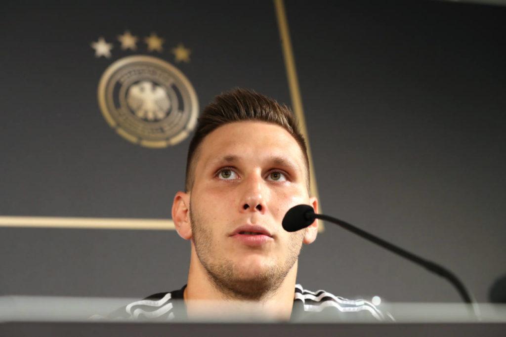 Niklas Süle, hier bei der Pressekonferenz des DFB im Hamburger Millerntor-Stadion am 4. September 2019, hat sich zum Führungsspieler entwickelt.
